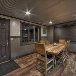 Eagle View Escape rental cabin in Hocking Hills, OH with dining room and chairs