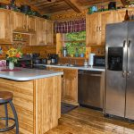 Eagle View Retreat rental cabin in Hocking Hills, OH with kitchen