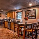 hocking-hills-cabin-rental-dining1