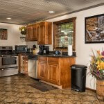 Eagle View lake house rental cabin in Hocking Hills with kitchen